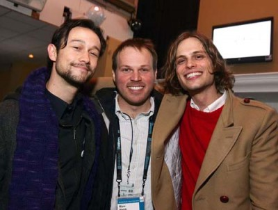 Joseph Gordon-Levitt, Marc Webb with a new face. On the right is Matthew Gray Gubler who plays Paul, one of Tom's best friends. Paul works with Tom at the greeting card company and is with Tom throughout his relationship with Summer.